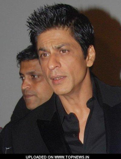 La star de bollywood Shahrukh annoce que malysia est sa maison!!