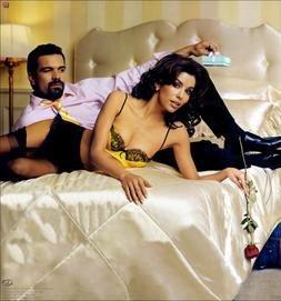 <--- Carlos et Gabrielle Solis --->