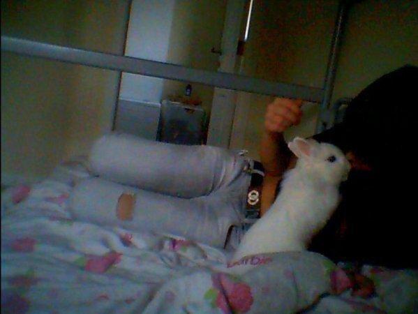 moi et mon lapin hihi <3