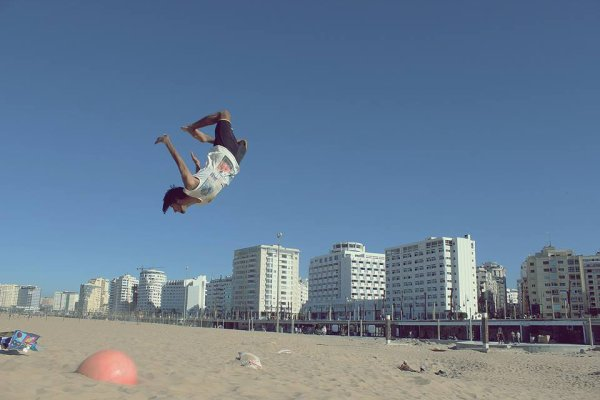 Flying Forever , Parkour and freerunning