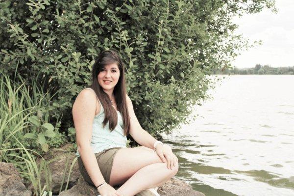 Au bord du lac*
