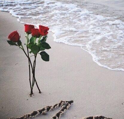 من الممكن إنهاء العلاقات .....لكن من المستحيل إنهاء المشاعر .....