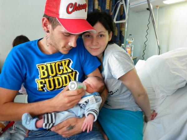 ............mon fils ma belle fille et leur fils diégo...................