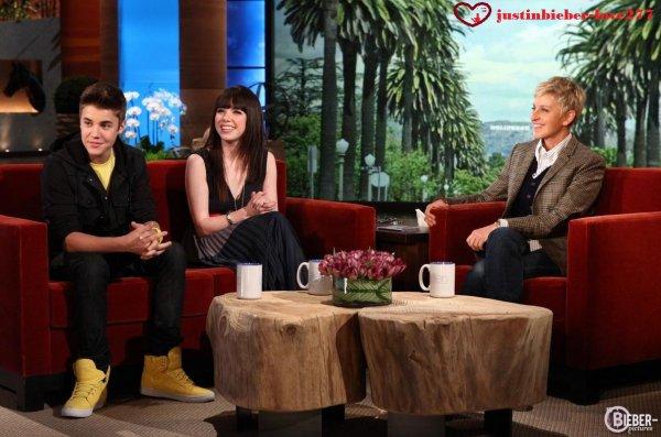 """""""Justin Bieber et Carly Rae Jepsen chez Ellen Degeneres!"""" Voici un extrait du single « Boyfriend » de Justin Bieber ."""