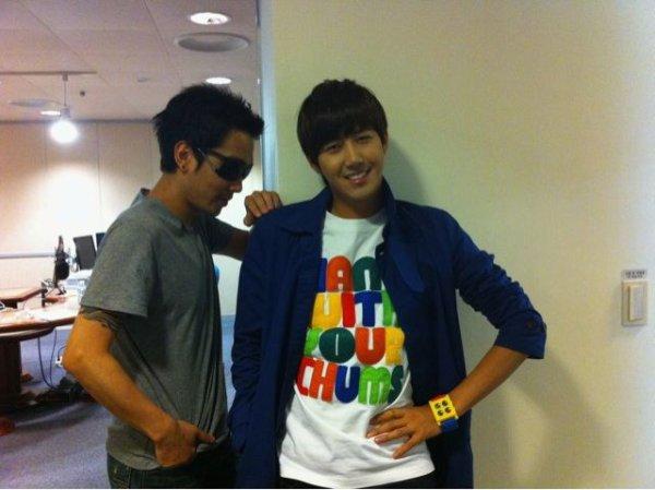 110520 Twitter Kwanghee