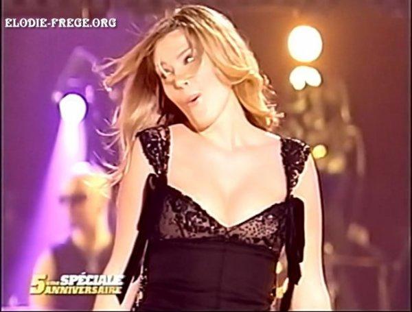 """SOUVENIR CAPTURE PLATEAU TÉLÉ : """" INVITÉE SUR LE PLATEAU DE LA STAR ACADEMY POUR LES 5 ANS DE LA STAR ACADEMY """" LE 23 DÉCEMBRE 2005 SUR TF1"""