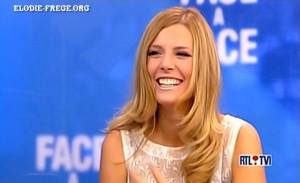"""SOUVENIR CAPTURE PLATEAU TÉLÉ :ELODIE FRÉGÉ INVITÉE DANS L'EMISSION """" FACE A FACE """" ( le 26 septembre 2006 )"""