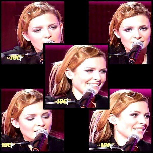 ELODIE FREGE INVITEE SUR LE PLATEAU DE LA STAR ACADEMY SUR TF1 , LE 5 JANVIER 2007 ( 4 )