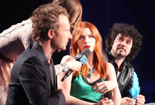 Concert Elodie frege a vigneux sur seine ( 91 ) le 7 fevrier 2015 et nouvelle star prime 4 12 fevrier 2015