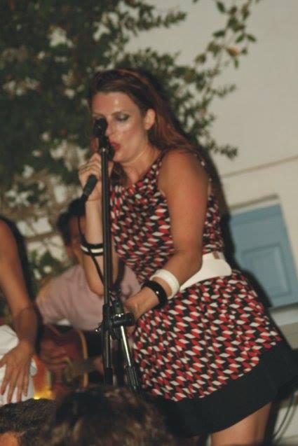 Amorgos (Grèce) concert élodie frégé et le groupe Nouvelle Vague, 18 Août 2015