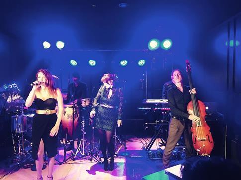 concert Nouvelle Vague a vienne au Méridien Hotel le 19 septembre 2016