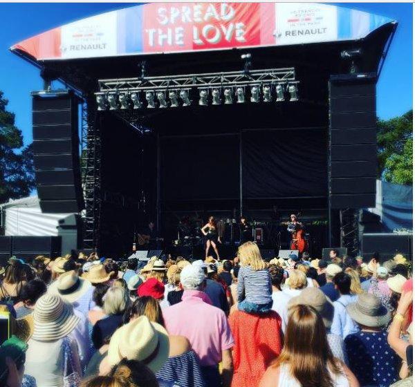 concert a Melbourne le 15 janvier 2017 ( 1 ) ( 1ere date en Australie )