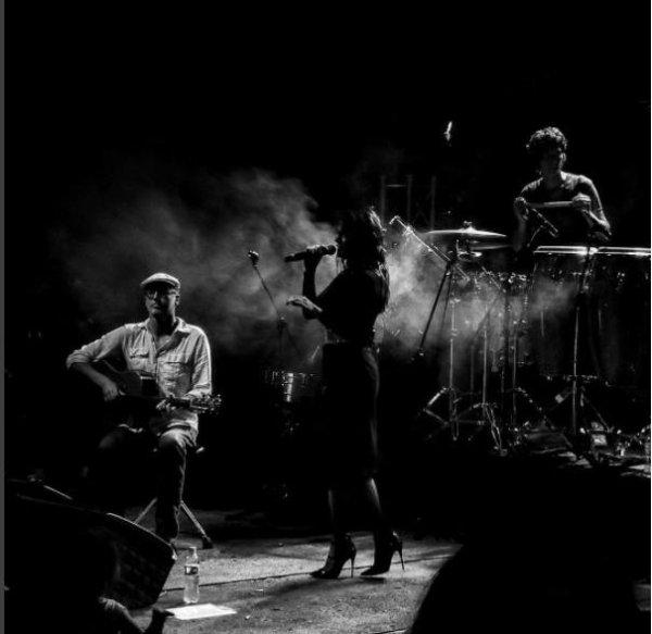 Concert Elodie frege au Museo La Tertulia en Colombie le 1er juin 2017