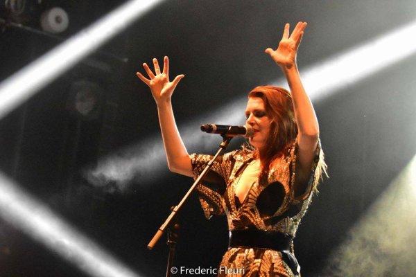 Concert Elodie frégé au festival du cabaret frappé a Grenoble en France le 16 juillet 2017 ( 2 )