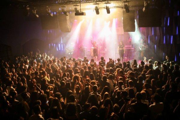 concert Elodie frégé au Babylon à Istanbul en Turquie les 21 et 22 septembre 2017 ( 3 )