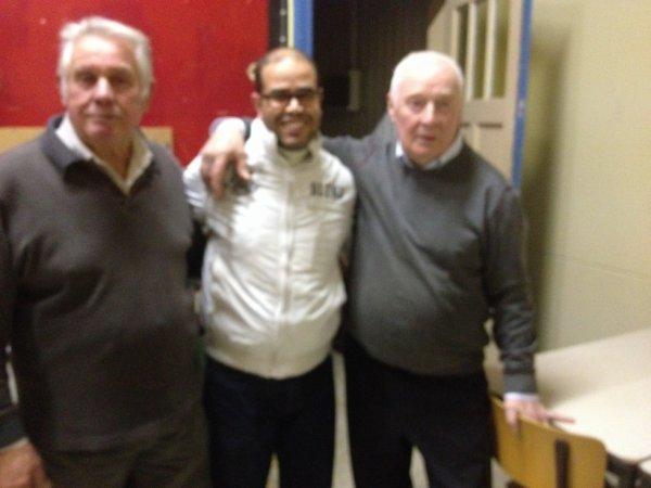 une photos avec les passeurs d'oiseaux de mon 1 er stage Mr Aerssens Omer grand juge aussi et Mr Bourdeaud'hui Arthur