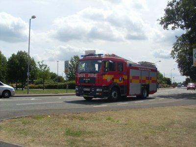 camion militaire et pompier anglais et engins agricole