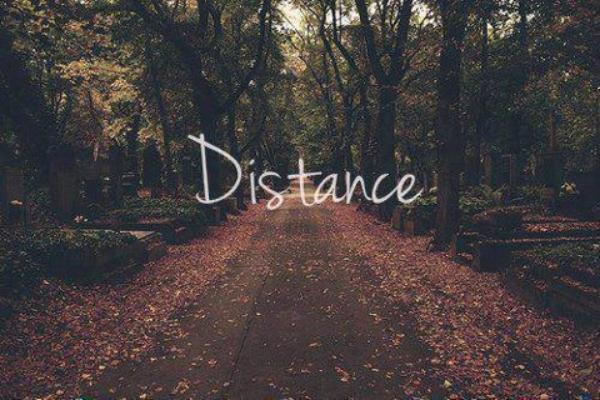 ❀ Tu vis un amour a distance ? ❀ Combien de kilomètre vous sépare ? ❀ Comment vous êtes vous rencontrés  ?