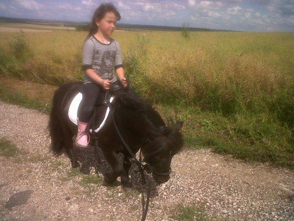 Vicky et Maëlle ma nièce