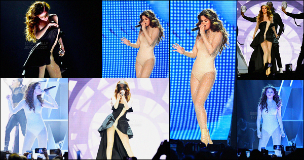 06.05.16 ─ Selena Gomez a donner son premier concert pour le « Revival Tour », qui s'est dérouler, à Las Vegas.La tournée de Selena Gomez est officiellement commencée, elle démarre apparemment très bien. Le show a l'air géniale,  les tenues sont vraiment jolie.