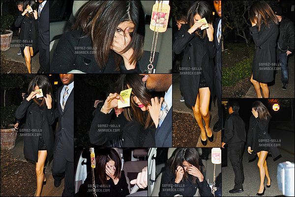 01.03.2011 ─ Selena Gomez a été aperçue, alors, qu'elle faisait du shopping à Beverly Center, dans Beverly Hills.Le soir, les deux amoureux ont été vues quittant le Maggianos à Los Angeles avec des difficultés pour sortir... Deux jolies tops, de la part de la belle !