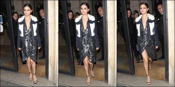 10.03.16 ─ Selena Gomez a été photographiée arrivant, puis, quittant les studios de Virgin Radio, dans Paris, FR.Selena est arrivée dans sa jolie robe rouge et est sortie dans une autre jolie robe. Elle a participer à l'émission C à Vous avec notamment Kad Merad.