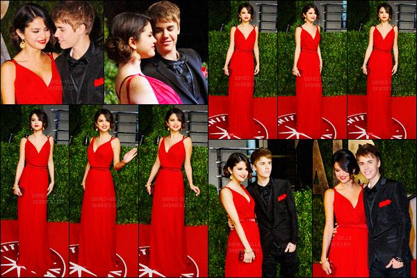 27.02.2011 ─ Selena Gomez était présente à la cérémonie des Vanity Fair Party avec Justin dans West Hollywood.Après déjà deux mois de couple, les tourtereaux avaient enfin officialisé leur relation au grand public pour notre grand bonheur, ils sont magnifique !