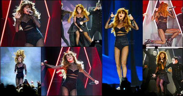 25.06.16 ─ Selena Gomez a donner son trente-quatrième concert pour son « Revival Tour » qui était, à Chicago.Selena Gomez se produira pendant encore 09 show dans les villes des Etats-Unis. Selena Gomez se produira ensuite au Québec lors d'un festival d'été...