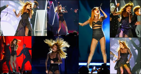 28.06.16 ─ Selena Gomez a donner son trente-sixième concert pour son « Revival Tour » qui était dans St. Paul.Selena Gomez se produira pendant encore 07 show dans les villes des Etats-Unis. Selena Gomez se produira ensuite au Québec lors d'un festival d'été...