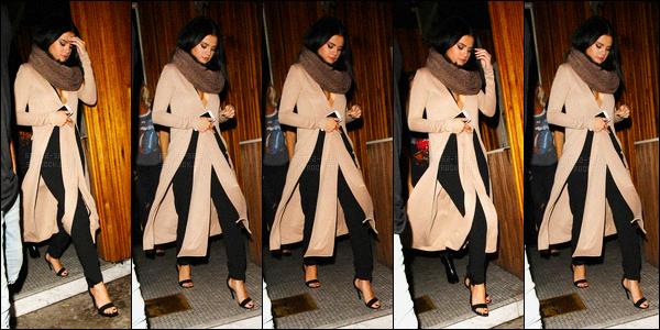 02/11/2015 : Selena Gomez a été photographiée arrivant au «The Nice Guy», se situant dans West Hollywood. Devinez qui a été vu quittant le même restaurant ? Nul autre que son cher ex petit ami, Justin ! Ils fêtaient tout les deux l'anniversaire de Kendall !