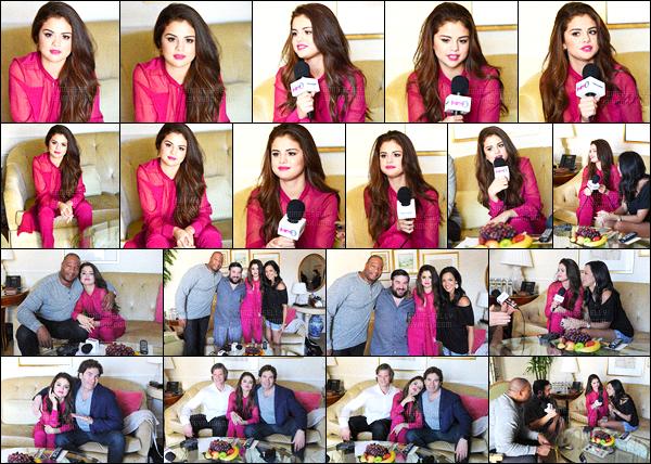 12.02.16 ─ Selena Gomez était présente lors du «The Morning Mash Up», de la radio SiriusXM dans Beverly Hills.La jeune chanteuse était toute mignonne lors de son interview... Sa tenue fushia, du créateur Prabal Gurung est magnifique, un gros coup de coeur !