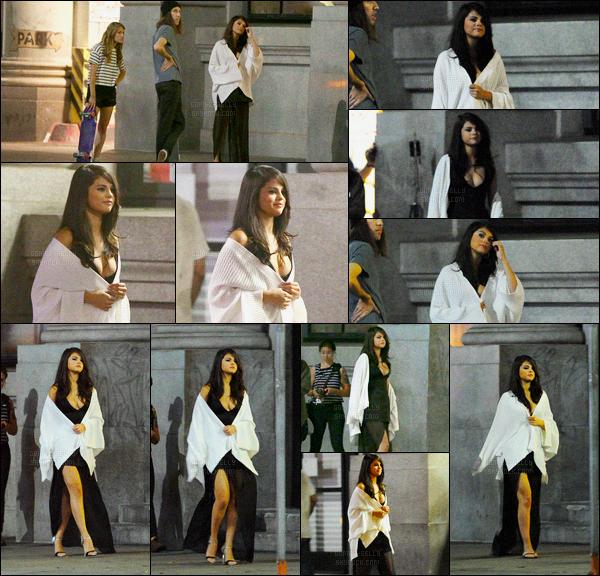 14.08.2015 ─ Dans la soirée Selly Gomez a été vue, sur le set du clip-vidéo, de « Same Old Love » à Los Angeles.Same Old Love est son prochain single et provient de l'album « Revival »... La sortie du deuxième album SOLO de Selena est prévue pour le 9 oct 2015.