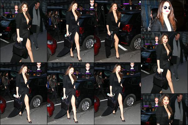 08.03.16 ─ Selena Gomez a été photographiée pendant qu'elle quittait son hôtel Georges V, qui était dans Paris.Selena Gomez a ensuite été photographiée dans la capitale de Paris. La belle brunette a changer de tenue et donc optée pour une tenue vraiment sexy !