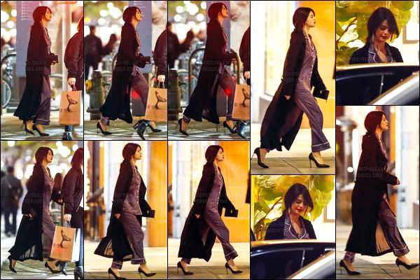 02.12.16 ─ Selena Gomez a été photographiée, pendant, qu'elle quittait un restaurant, étant dans Santa Monica.C'est accompagnée de son amie, Ashley Cook, que la belle brunette SG été accompagnée. Concernant sa tenue, je n'en suis pas très fan, c'est un bof !
