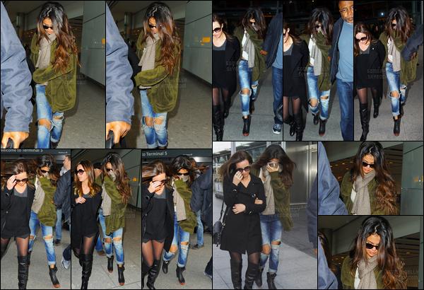 14/02/14 - Selena Gomez a été photographiée, alors, qu'elle arrivait, à l'aéroport de LAX, dans Los Angeles.Selena Gomez qui était aggripée à son garde du corps a été photographiée le lendemain à l'aéroport de Londres en Angleterre. Sa tenue est un top !