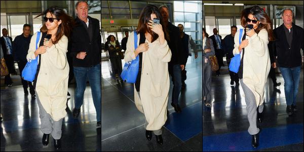12/03/14 - Selena Gomez a  été photographiée, alors, qu'elle arrivait à l'aéroport de JFK dans New-York City.Après avoir réalisé le photoshoot elle s'en va presque aussitôt ! Concernant la tenue, je n'aime pas du tout, c'est un flop de ma part... Et vos avis ?