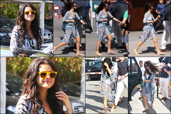 21/07/14 - Selena Gomez a été photographiée alors qu'elle était sur un yatch, étant dans St Tropez, France.Selena Gomez était en compagnie de ses amies dont la mannequin anglaise Cara Delevigne. Concernant sa tenue, rien d'exceptionnelle, c'est un top