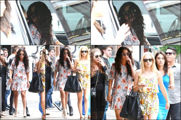 03/08/14 - Selena Gomez a été photographiée, alors, qu'elle se dirigeait pour déjeuner, étant à Studio City.Après avoir quittée le restaurant en compagnie de sa voiture, la belle a eu un petit accident, rien de très grave, un petit accrochage. Sa tenue bof..