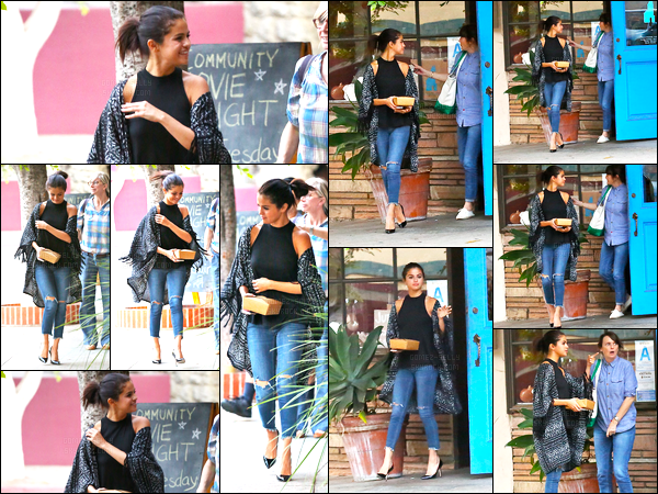 21/08/14 - Selena Gomez a été photographiée alors qu'elle allait déjeuner avec ces amie à West Hollywood.Un peu plus tard dans la journée, Selena a de nouveau été photographiée quittant un restaurant après pris son repas.. Ses tenues se sont deux top !