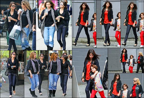 10.05.09 ─ Selena Gomez a été photographiée alors qu'elle faisait du shopping, étant, dans la ville à Vancouver.Selena été accompagnée de sa maman, avec qui elle avait l'air de bien rire ! Plus tard, elle a été photographiée avec Joey King. Un top ses tenues.
