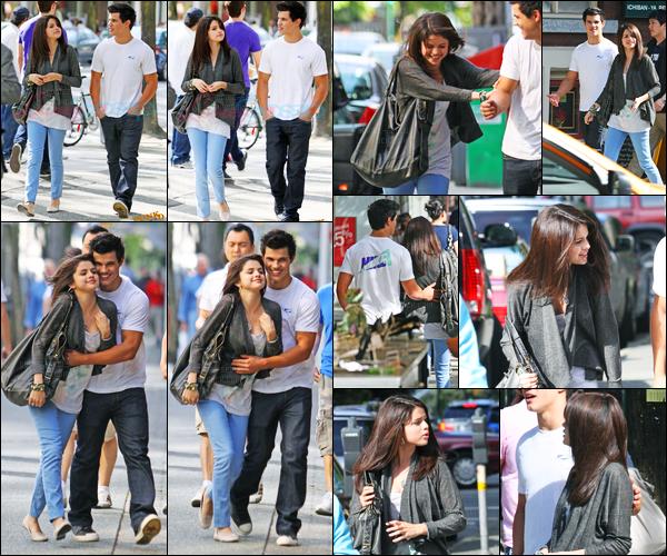 17.05.09 ─ Selena Gomez a été photographiée, alors, qu'elle était de sortie, avec Taylor Lautner dans Vancouver.Selena a de nouveau retrouvé Taylor Lautner. La veille c'est avec Taylor Swift que la belle a été vue à un concert. Concernant les tenues c'est 2 tops !
