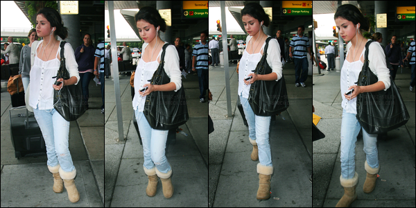 02.08.09 ─ Selena Gomez a été photographiée alors qu'elle arrivait à l'aéroport de JFK étant dans New-York City.Un peu plus tard dans la journée, Selena a été aperçue à l'extérieur de son hôtel... Concernant sa tenue, c'est tout simple, mais c'est un top pour moi.