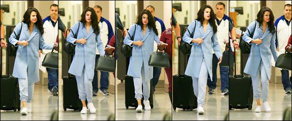 02.03.2017 ─ Selena Gomez a été photographiée, alors, qu'elle arrivait à  l'aéroport, étant, dans Atlanta, Géorgie.On ne sait pas pourquoi la belle se rend à Atlanta, peut être le seront bientôt. Concernant sa tenue, c'est plutôt simple mais j'aime bien un top, avis ?