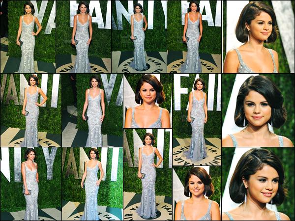 26.02.2012 ─ Selena Gomez était présente à la cérémonie des « Vanity Fair Party » étant dans le West Hollywood.Selena n'était pas présente avec son chéri mais avec sa maman, Mandy, cette année ! Concernant sa tenue, c'est un jolie top de ma part, et vos avis ?