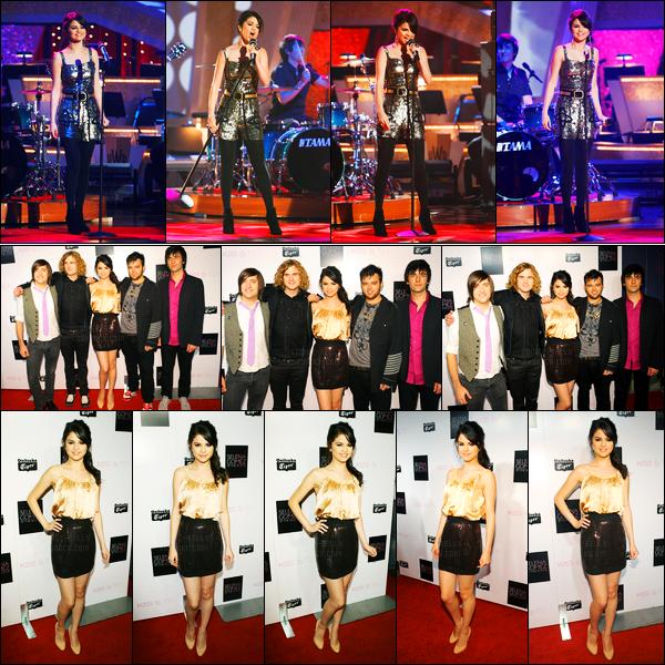 29.09.09 ─ Selena Gomez était présente lors de l'émission « Dancing with the stars », étant dans Hollywood, CA.Selena G a ensuite était présente lors de la release party de son album Kiss and Tell. Concernant ces deux tenues, j'aime beaucoup pour ma part, top.