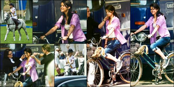 06.05.10 ─ Selena Gomez a été photographiée pendant qu'elle était sur le set de Monte-Carlo dans Monte-Carlo.Après quelques temps sans nouvelles nous retrouvons Selena G. sur le tournage de son prochain film ! Concernant sa tenue, c'est assez jolie, un top !