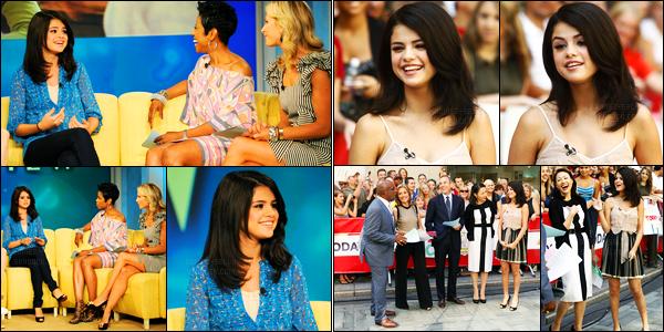21.07.10 ─ Selena Gomez était présente lors de l'émission « Late Night With Jimmy Fallon » dans New-York City.La belle S. a également participer à l'émission Today Show et The view la même journée. Elle a fêtée ses 18 ans en avance avec Jimmy Fallon, top !