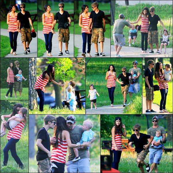 31.05.2011 ─ Selena Gomez a été photographiée pendant qu'elle était au parc avec Justin et sa famille à Stratford.Après des vacances en amoureux, le couple a donc rendue visite à la famille de celui-ci en Ontario. Concernant la tenue de Selena, c'est un beau top !