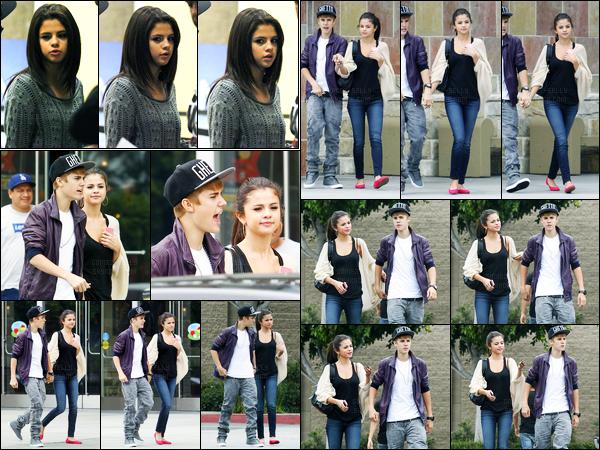 16.09.11 ─ Selena Gomez a été photographiée alors qu'elle faisait du shopping, avec Justin Bieber, à Los Angeles.La belle S. était accompagnée de son chéri pour un peu de temps libre, un peu plus tard ils ont été vus à l'aéroport de LAX. Sa tenue est un beau top.