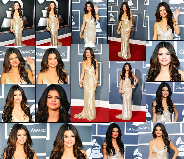 13.02.2011 ─ Selena Gomez était présente lors de la 53e annuel cérémonie «Grammy Awards», dans Los Angeles.La belle S. enchaîne les événements en ce moment, et cette fois-ci c'est  à la célèbre cérémonie... Concernant sa tenue, c'est un beau top de ma part !